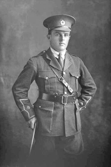 Image: 3/4 portrait of Lieutenant Jackson of the 3rd (Auckland) Regiment, Auckland Infantry Regiment.