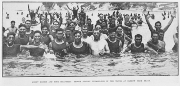 Image: Merry Maoris and Niue Islanders:troops disport themselves in the waves at Narrow Neck beach