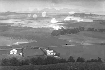 Image: Looking south-south-west from Mangere Mountain across the....