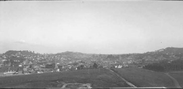 Image: Looking south east from the Auckland War Memorial Museum....