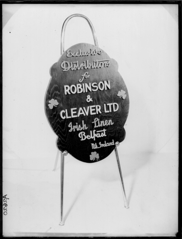 Image: Showing an advertising stand for Robinson and Cleaver Irish Linen 1940s