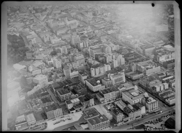 Image: Aerial view of Auckland Central showing Queen Street, Quay Street, Customs Street...for Milne and Choyce 1944