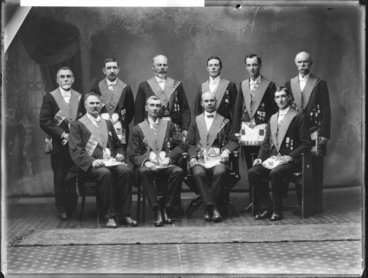 Image: Ten Freemasons...
