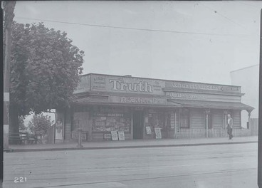 Image: Amos J Scott's tobacconist and newsagent shop at 93 Ponsonby Road