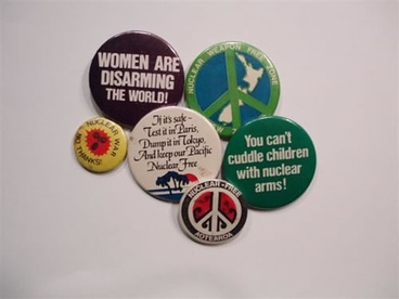 Image: Nuclear-free badges