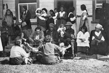 Image: String games, Jerusalem, 1921