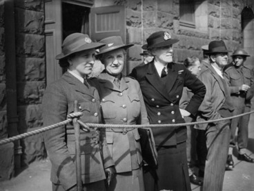 Image: Kitty Kain, Vida Jowett and Ruth Herrick (from left)