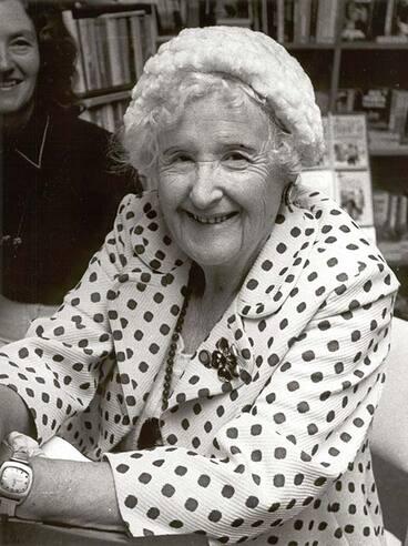 Image: Pérrine Moncrieff, 1976