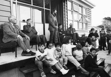 Image: Opening of Māori language immersion school