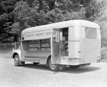 Image: Country Service Library Truck - (Bedford).jpg (PB2016/10)