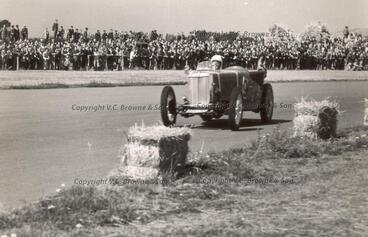 Image: Car racing - Sybil Lupp - Wigram (PR0101/73)