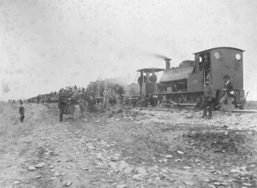 Image: Opening of the Oamaru to Waitaki railway