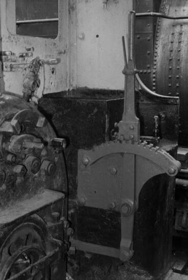 Image: Photograph of locomotive F 180