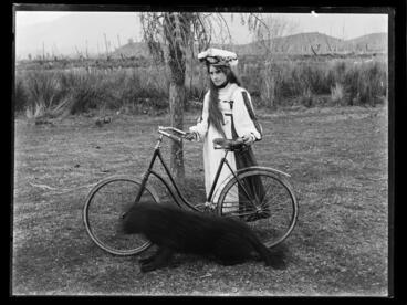 Image: Langridge, girl, Takaka