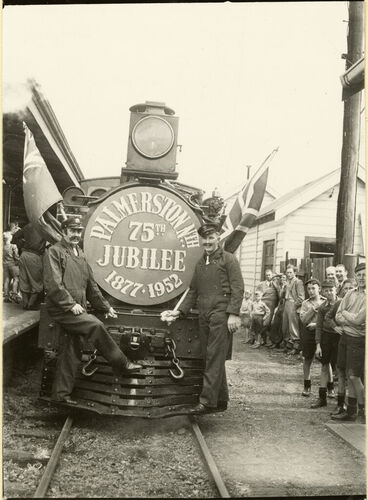 Image: Palmerston North 75th Jubilee train