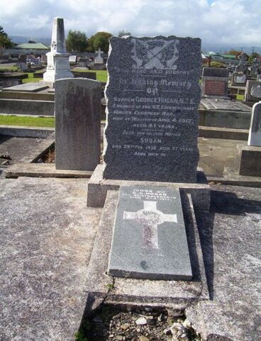 Image: Mother's headstone