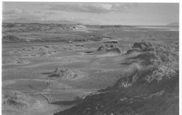 Image: Hokio Stream/river mouth & beach, 1977