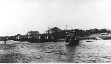 Image: Car fording across Hokio Stream, 1920s