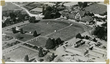 Image: Aerial view of Government Gardens and Bath House