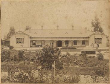 Image: Blue Bath House, Rotorua
