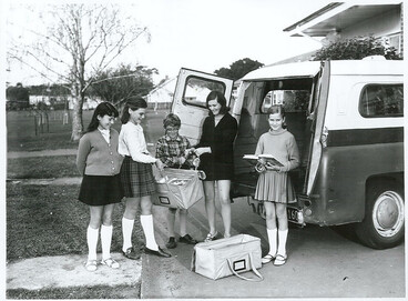 Image: School library service, Waterview Primary School