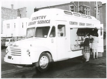Image: Country Library Service bookvan
