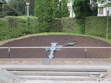 Image: Floral clock - Victoria Square