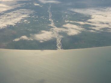 Image: The Waitaki river mouth at the border of Otago and Canterbury