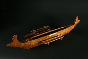 Image: Model vaka (outrigger canoe)