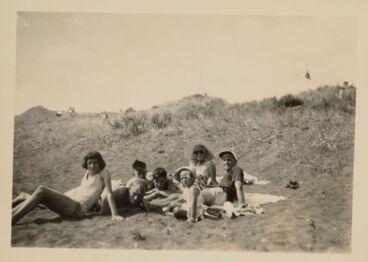 Image: Group at Piha