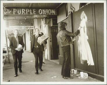 Image: Wellington General/4 - Purple Onion, Vivian Street, Wellington