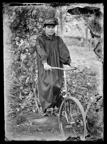Image: Woman cyclist