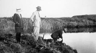 Image: Mr Elsdon Best at Pakau-hokio Lagoon, May 31 1931