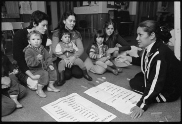 Image: Mothers and preschoolers at Maori language session led by Billie Tait-Jones - Photograph taken by Ross Giblin