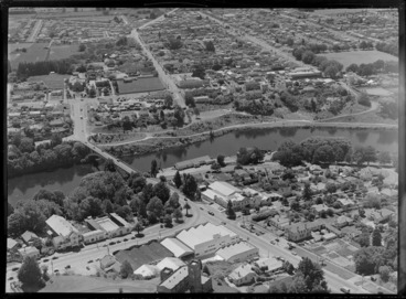 Image: C L Innes and Company Limited and Waikato Breweries Limited, Hamilton, including Waikato River