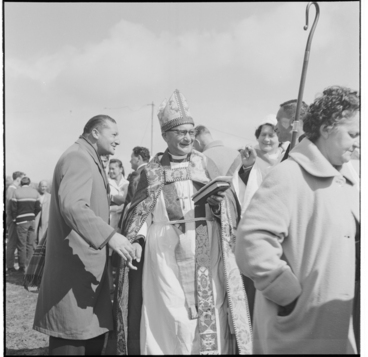 Image: Scenes at the opening the of meeting house at Waiwhetu Marae, Lower Hutt
