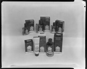 Image: Range of Sir International Irish Moss Toiletries