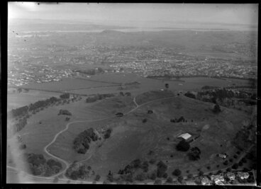 Image: One Tree Hill Domain, Auckland