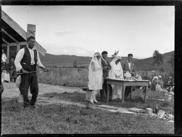 Image: Morehu Downs speaking at a double wedding at Korohe marae, Tūrangi