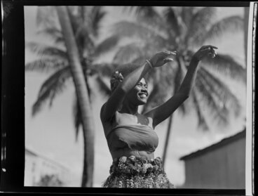 Image: Unidentified young woman dancing, Ba, Fiji