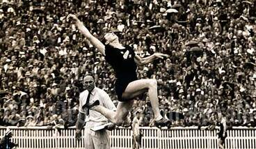 Image: Yvette Williams at the Empire Games, 1950