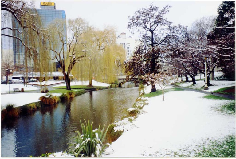 Snow, Avon River