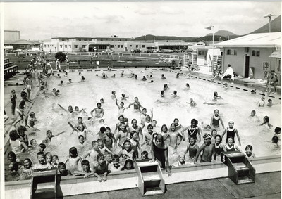 School Holiday Fun At The Pool 1966