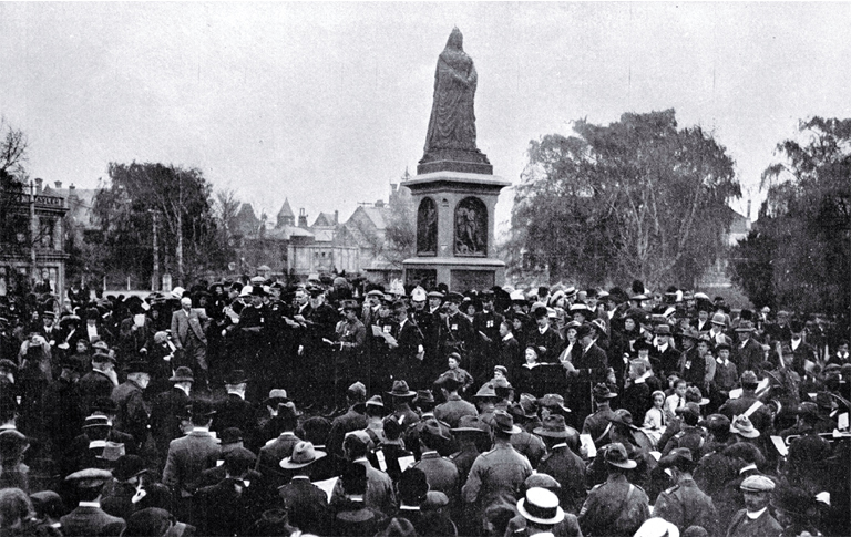 A memorial service for Canterbury officers and soldiers killed in the South African Boer War, Victoria Square, Christchurch