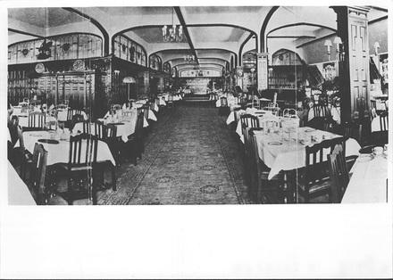 Photo from Souvenir Menu. Milne & Choyce Tearoom.
