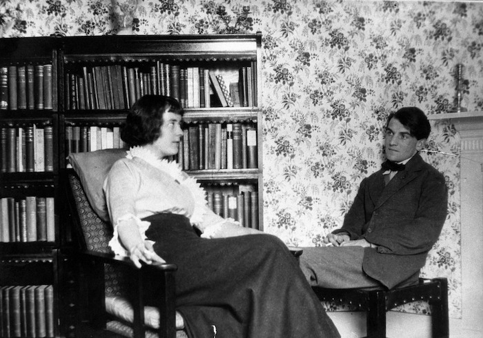 Katherine Mansfield and John Middleton Murry, Chaucer Mansions, Kensington, London