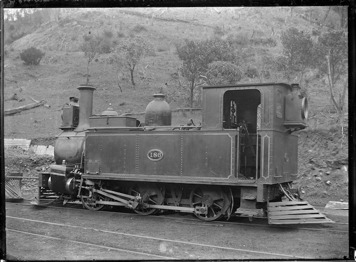 F Class steam locomotive NZR 186, 0-6-0T type.