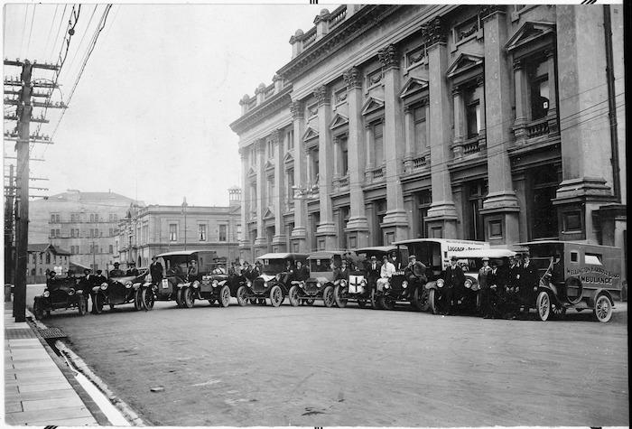 Ambulances in Wellington during the 1918 flu epidemic