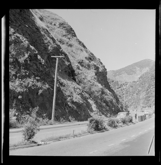 Motorway by Johnsonville at the top of Ngauranga gorge, Wellington
