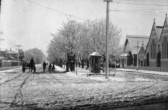 Bealey Avenue, Christchurch, with snow
